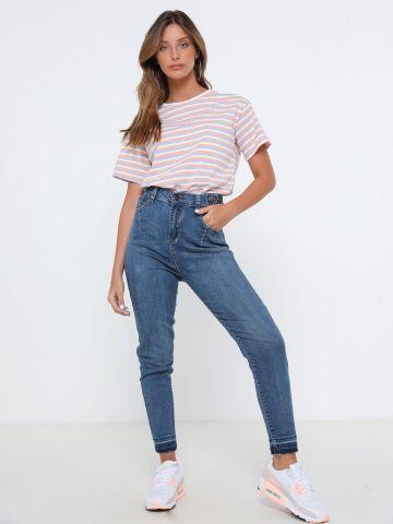 ג'ינס סקיני בשילוב גומי