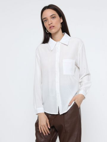 חולצה מכופתרת עם כיס