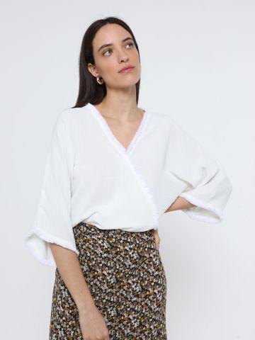 חולצת מעטפת עם פרנזים של YANGA