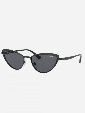 משקפי שמש עיני חתול עם מסגרת מתכת של vogue eyewear