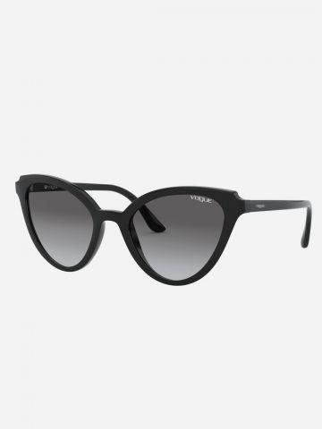 משקפי שמש פרפר עם עדשות אומברה של vogue eyewear