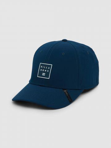 כובע מצחייה עם לוגו Stretch