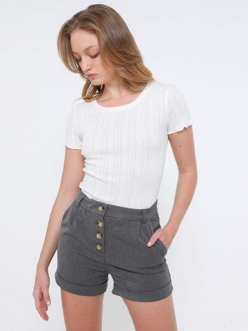 מכנסיים קצרים מחוייטים