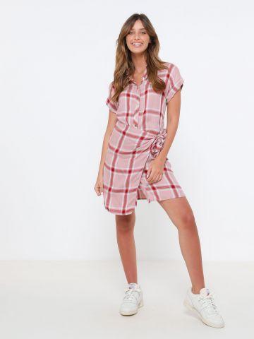 שמלת מיני מעטפת בהדפס משבצות