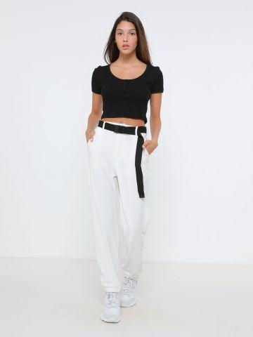 מכנסי קורדרוי עם חגורה