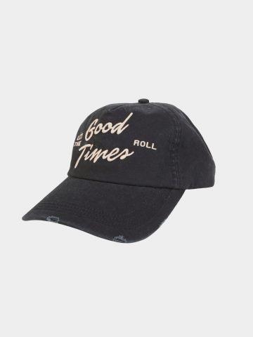 כובע מצחייה עם הדפס / נשים