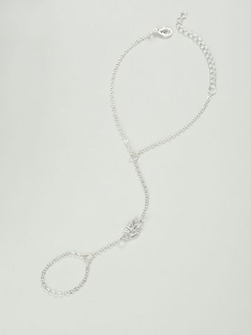 צמיד טבעת עם תליון עלה