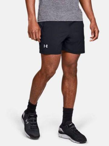 מכנסי ספורט קצרים עם לוגו