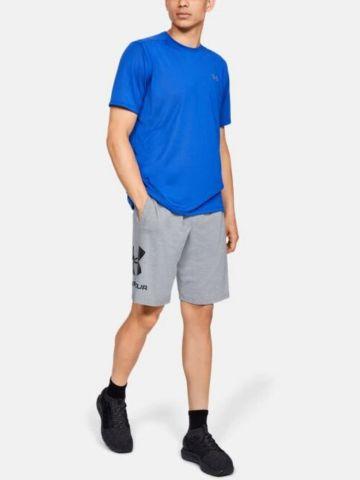 מכנסיים קצרים עם לוגו