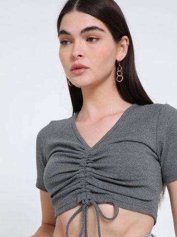חולצת קרופ עם שרוך כיווץ