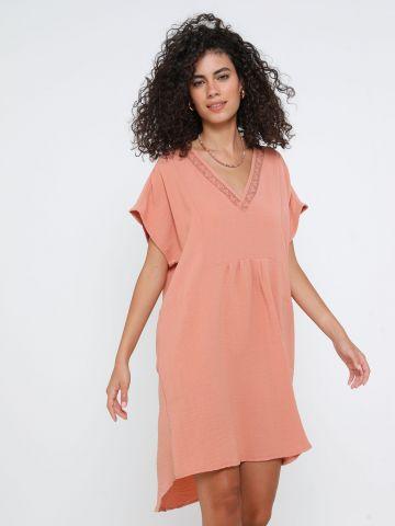 שמלת מיני גלבייה עם תחרה של YANGA