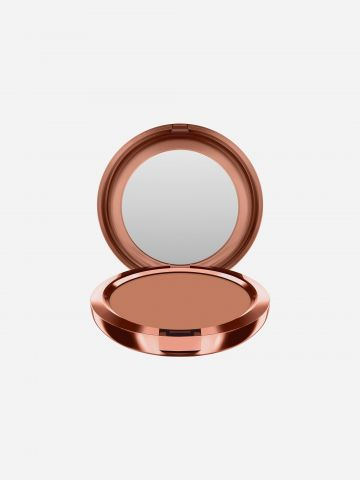 ברונזר Radiant Matte Bronzing Powder של MAC