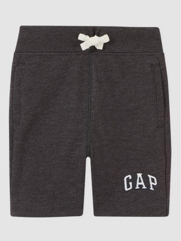 מכנסי טרנינג ברמודה עם לוגו / 12M-5Y של GAP