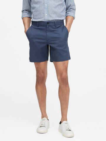 מכנסיים קצרים בגזרת Slim של BANANA REPUBLIC