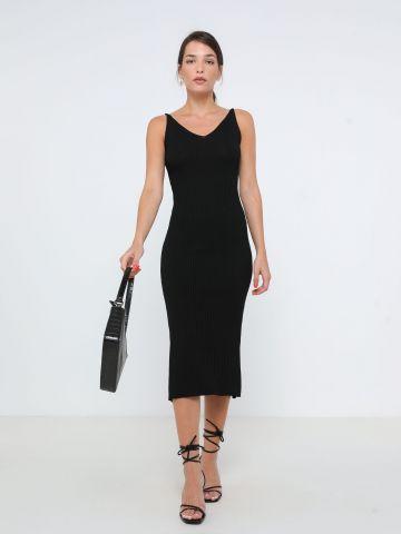 שמלת מידי ריב סרוגה