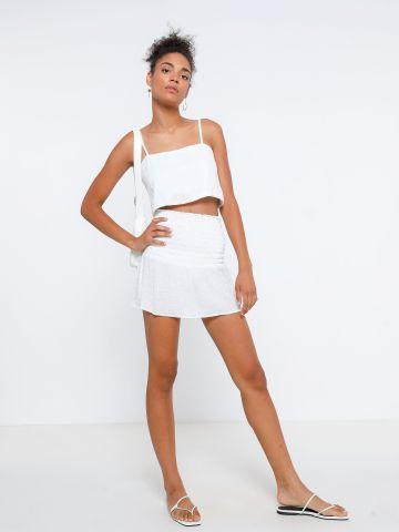 חליפת חצאית וגופייה עם כיווצים דמוי פשתן