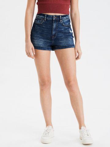 ג'ינס קצר בגזרה גבוהה
