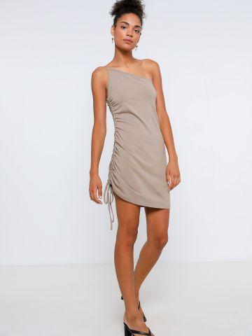 שמלת מיני וואן שולדר עם שרוך כיווץ
