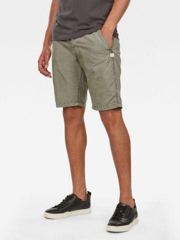 מכנסי צ'ינו קצרים עם כיסים