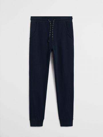 מכנסי טרנינג עם שרוך מודגש / בנים של MANGO