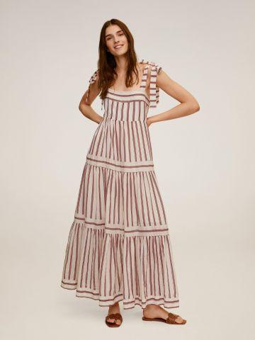 שמלת מקסי קומות בהדפס פסים  של MANGO