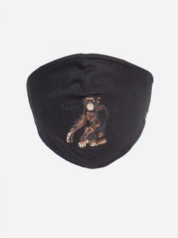 מסכת פנים עם רקמת קוף  של GOORIN BROS