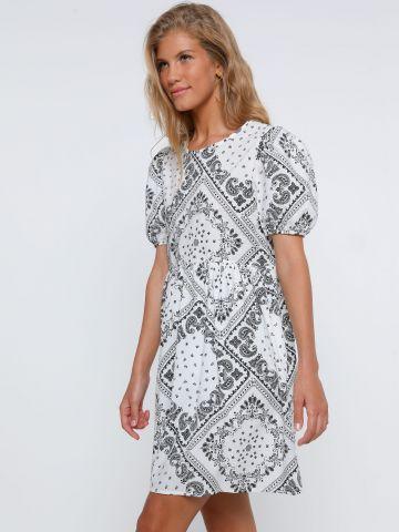 שמלת מיני פפלום בדפס פייזלי של TERMINAL X