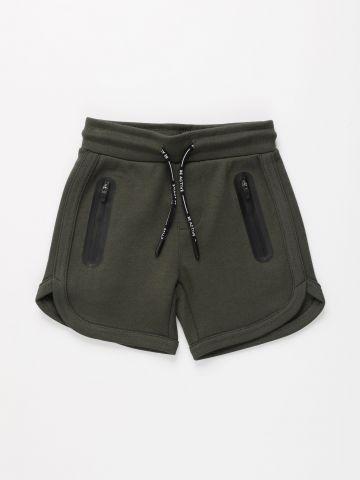 מכנסי אקטיב קצרים עם כיסים / בנים של FOX