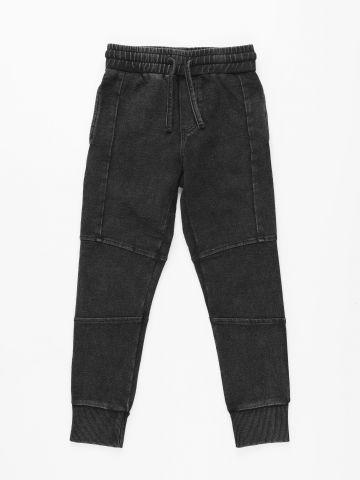 מכנסי טרנינג עם תיפורים / בנים של FOX
