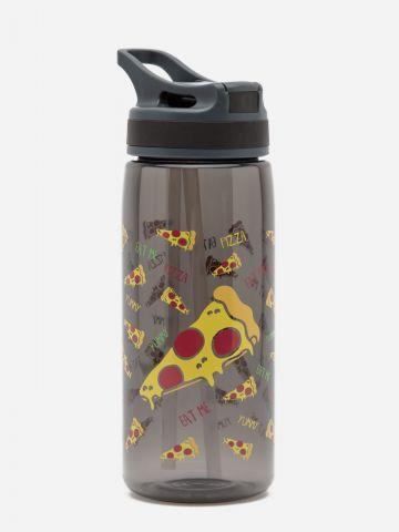 בקבוק שתייה בהדפס פיצה של YOLO