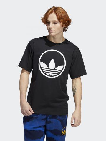 טי שירט עם לוגו של ADIDAS Originals