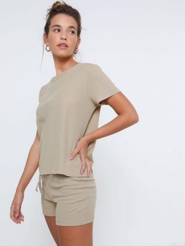 חליפת טי שירט ומכנסיים קצרים של TERMINAL X