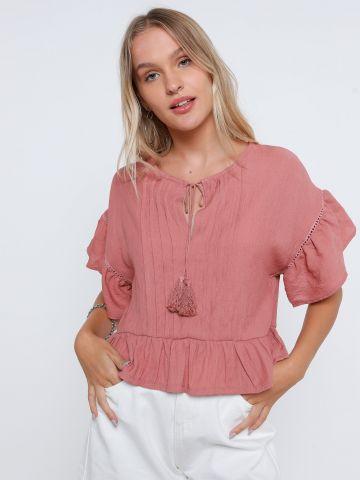חולצת פפלום עם גדילים של YANGA