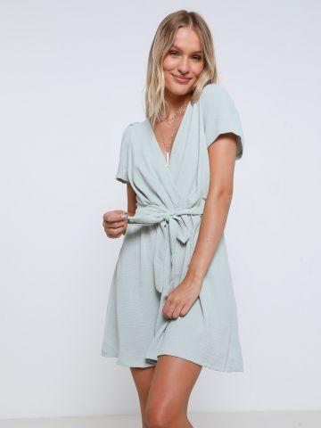 שמלת מיני מעטפת של YANGA