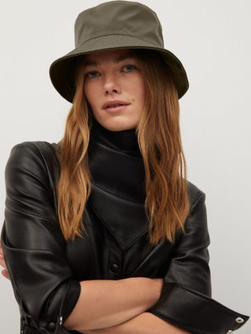 כובע באקט צר שוליים של MANGO