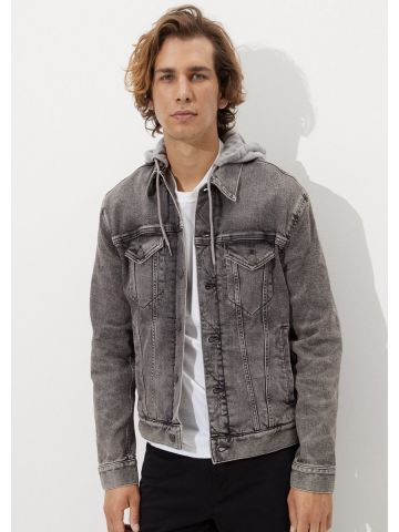 ג'קט ג'ינס ווש עם קפוצ'ון של AMERICAN EAGLE