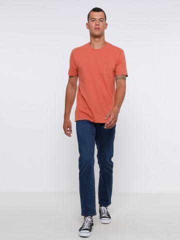 ג'ינס Slim בשטיפה כהה של FOX
