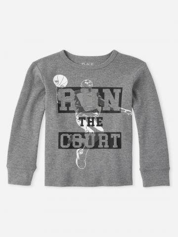 סריג עם הדפס כיתוב Run the court / בנים של THE CHILDREN'S PLACE
