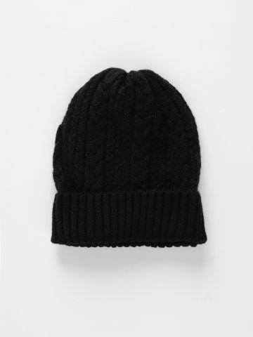 כובע גרב בטקסטורת צמות / נשים של TERMINAL X
