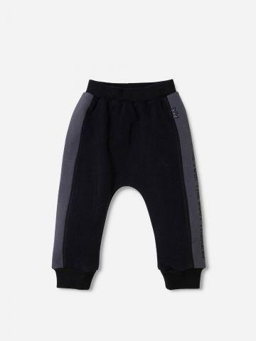 מכנסיים ארוכים עם סטריפים / 0-24M של SHILAV